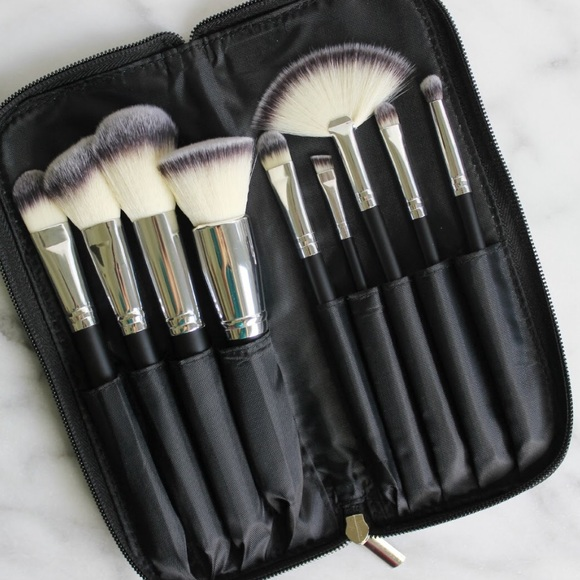 Morphe Makeup X9 Morphe Deluxe 9 Piece Vegan Set Brand New Poshmark Posted by vegannlife on june 17, 2017. poshmark